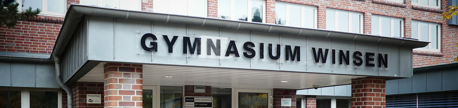 schuleingang_gymnasium_winsen_